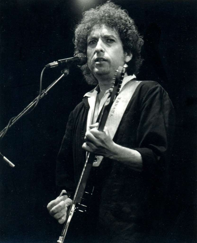 The Legacy of Bob Dylan: Philosophy, Politics, and Literature